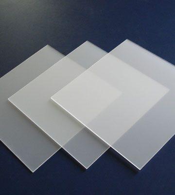 Экструзионное оргстекло VIKUGLAS acryl XT 2*2050*3050 белое